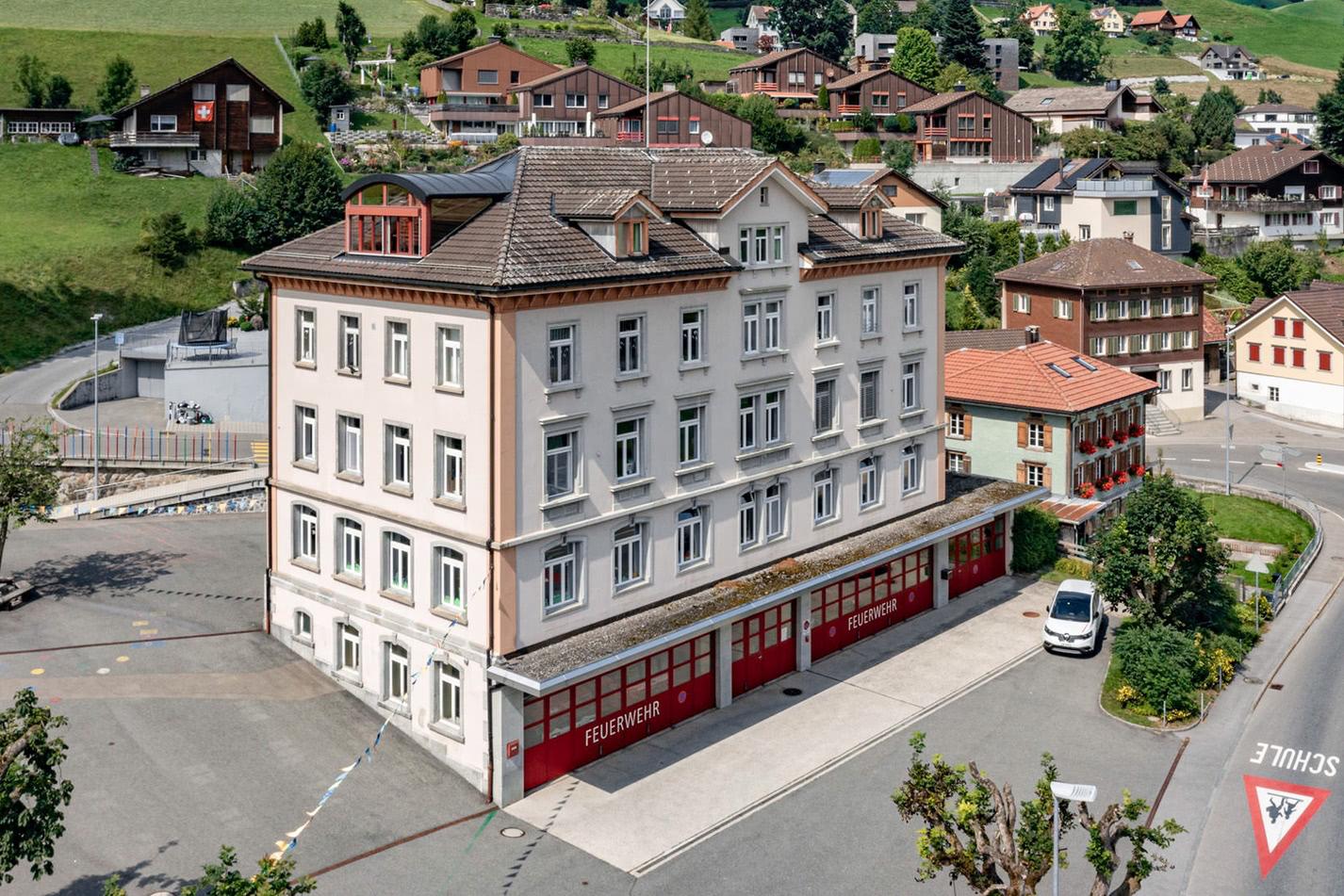 Foto: Schulhaus Mettlen