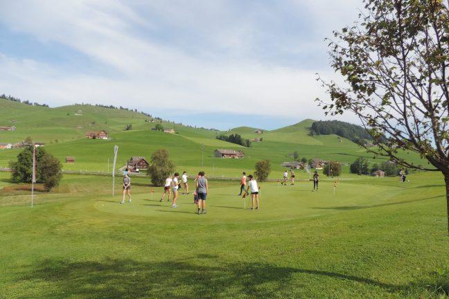 Betragsfoto zu «Golfkurs am Sporttag»